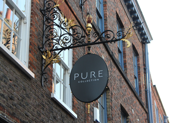Welcome to Pure Collection. Luxury cashmere and fashion from the cashmere experts.